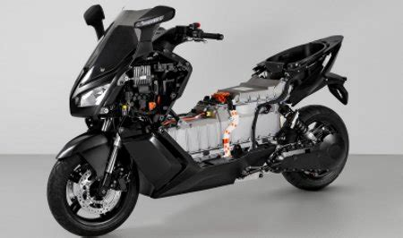 48 Ps Motorr Der Km H by 120 Km H Spitze Bmw Zeigt Seriennahen E Roller C