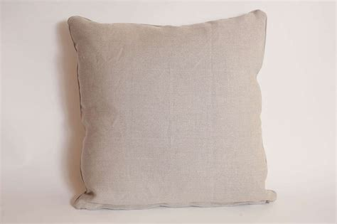 vintage needlepoint pillows at 1stdibs