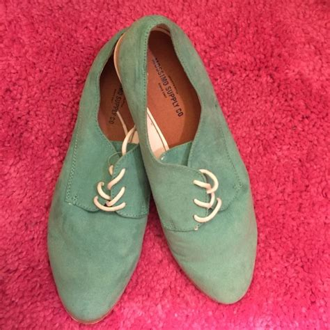 mossimo oxford shoes 58 mossimo supply co shoes s mint oxford