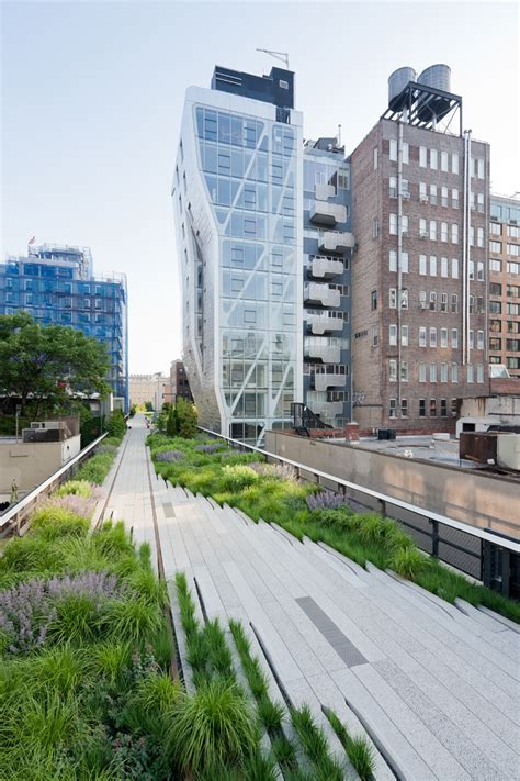 chelsea section of nyc section 2 of the high line now open in new york