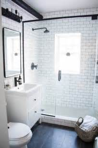 modern black and white bathrooms best 25 small bathrooms ideas on small