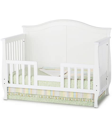 Convertible Crib White Child Craft Camden Convertible Crib In Matte White