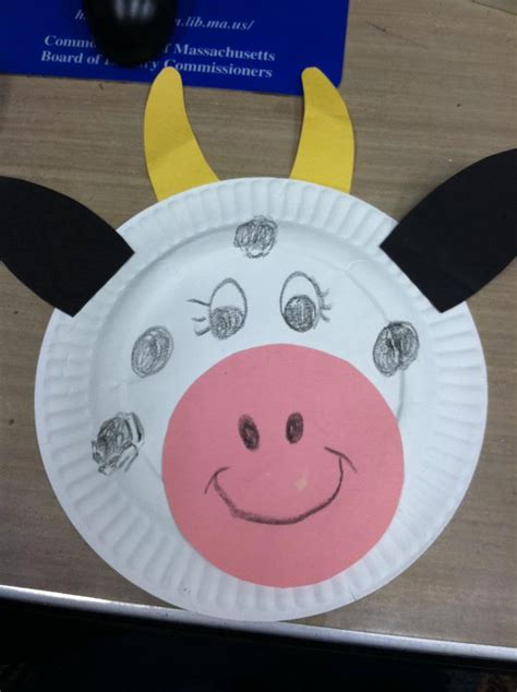 paper plate cow craft i read to relax terrific three s and storytime cows