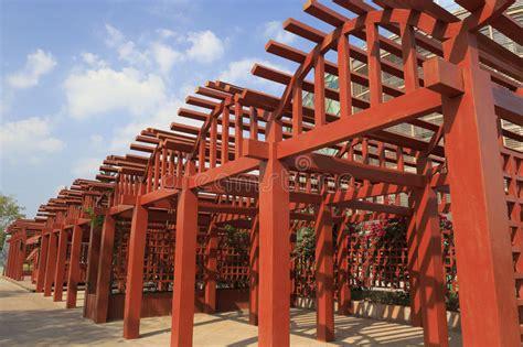 traliccio legno traliccio di legno immagine stock immagine di estratto
