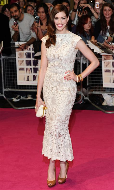 Hathaway In Fashioned 2 by Hathaway S Best Fashion Moments Look