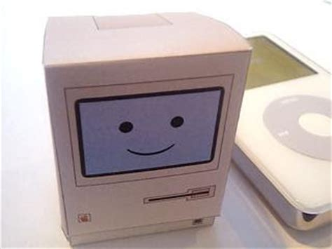 Computer Paper Crafts - apple macintosh computer papercraft