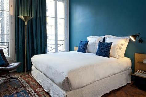 Blaue Wandfarbe Schlafzimmer by Die Wundersch 246 Ne Und Effektvolle Wandfarbe Petrol