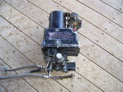 boat trim motor sell vintage boat marine power tilt trim motor pump omc