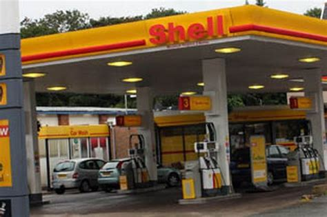 Local Shell Garage by Colwyn Bay Garage To Sell Booze 24 Hours A Day Daily Post