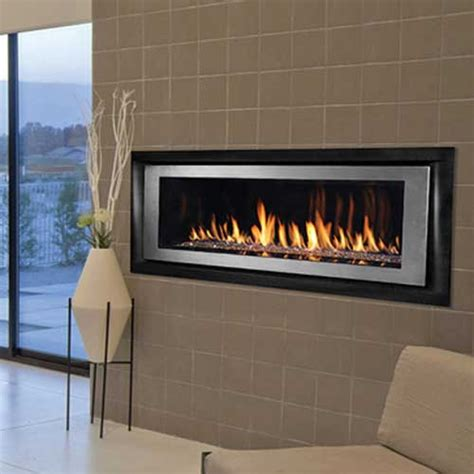 Direct Vent Linear Fireplace by Ihp Superior Drl6500 Direct Vent Linear Louverless Gas