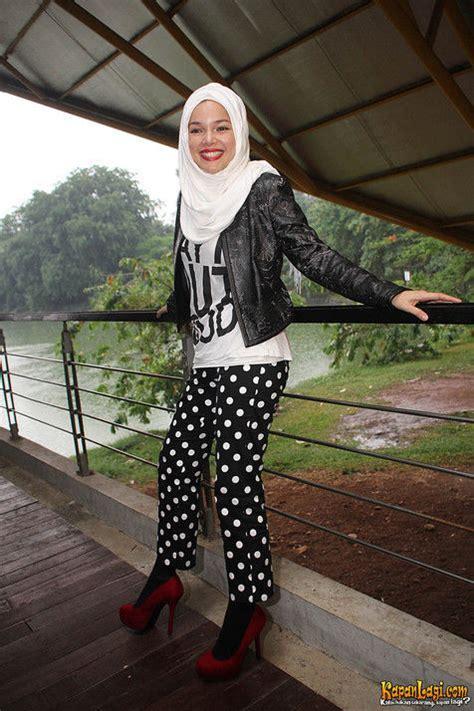 tutorial hijab pashmina ala dewi sandra jaket kelas related keywords suggestions jaket kelas