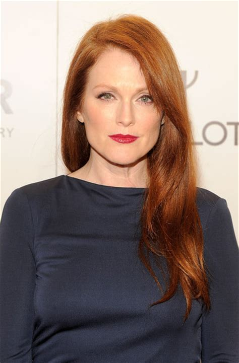how to get julianne moores red hair color julianne moore layered cut julianne moore looks