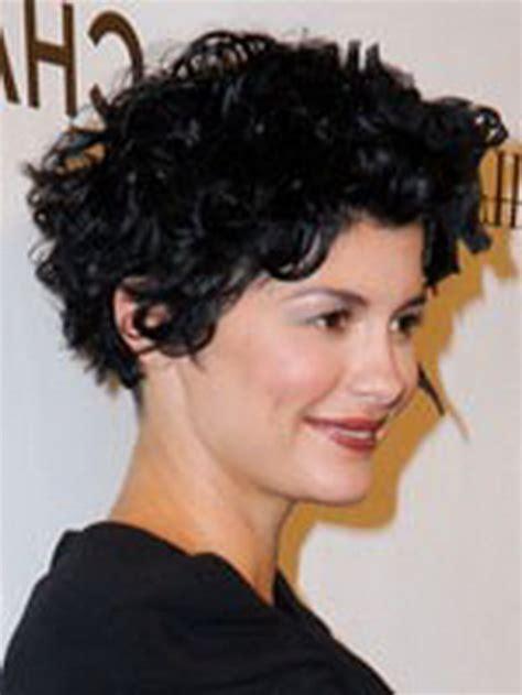 kurzhaarfrisuren lockiges haar