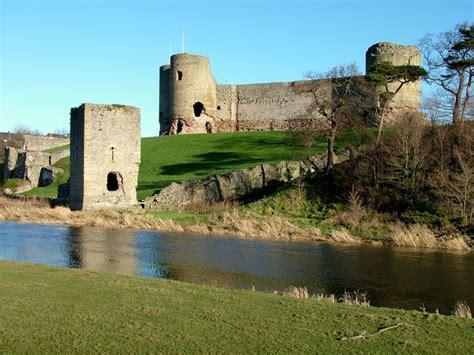 chateau de rhuddlan wikipedia