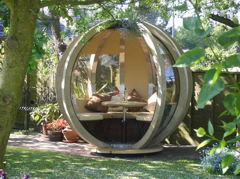 orante garden rotating sphere lounger