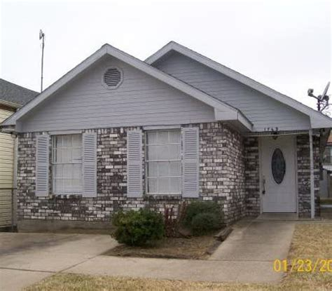 Houses For Sale New Orleans by 1769 Rousselin Drive New Orleans La 70119 2360