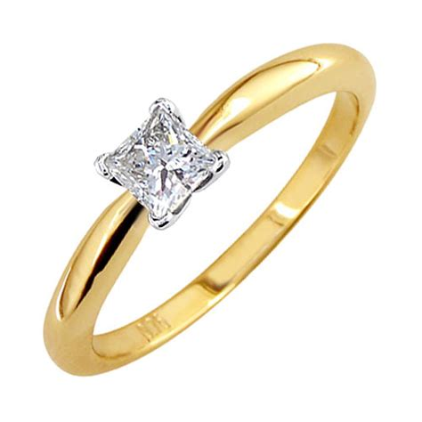 Engagement Gold Ring Pic by Why You Need To Buy Your Lover A Gold Engagement Ring