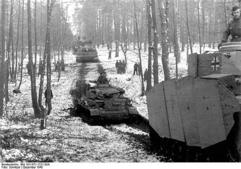 Ernest Est Céleste by Column Of Pzkpfw Iv Ausf G And Tigers Of The 2 Ss Panzer