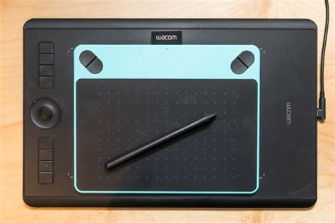 Best Drawing Tablets For Beginners by The Best Drawing Tablets For Beginners The Wirecutter
