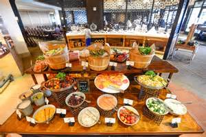 choices are fabulously many at the sunday brunch buffet at catalina kitchen
