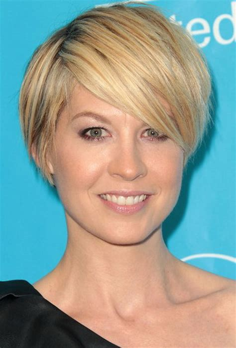 layered hairstyles with bangs straight hair short short layered haircuts with side bangs