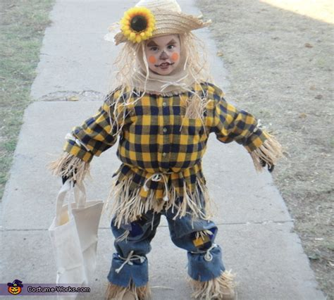 homemade scarecrow costume  girls creative diy costumes