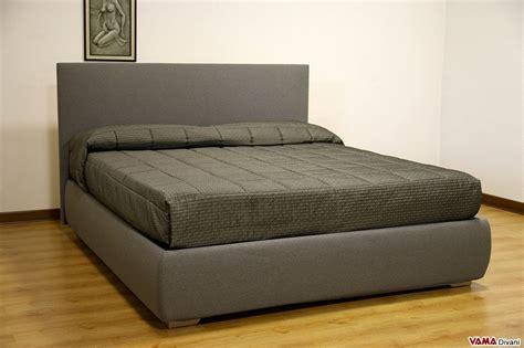 letto tessuto letto imbottito in tessuto con contenitore testata semplice