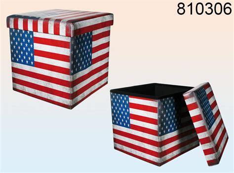 uno sgabello pieghevole pieghevole sgabello usa bandiera stelle e strisce scatola