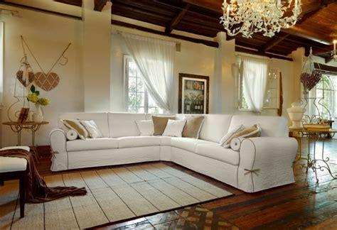 divani classici pelle divani classici pelle e stoffa imperial poltrone e divani