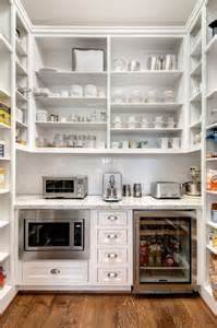 Pantry Layouts by 25 Best Ideas About Kitchen Butlers Pantry On