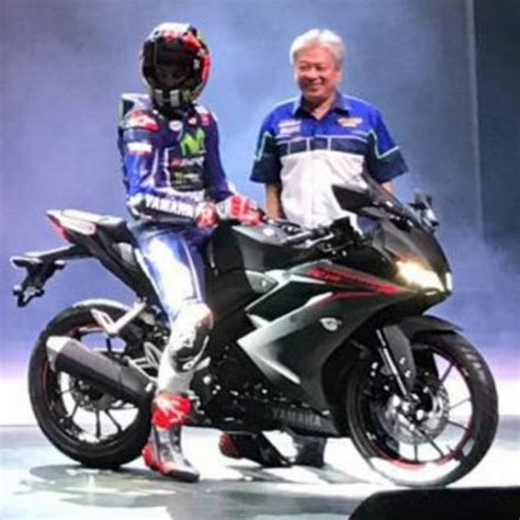 yamaha r15 version 3 2017 2017 yamaha r15 version 3 0 unveiled looks hot has a