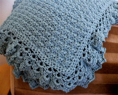 pattern crochet baby blanket little scraps of happiness crochet baby blanket pattern