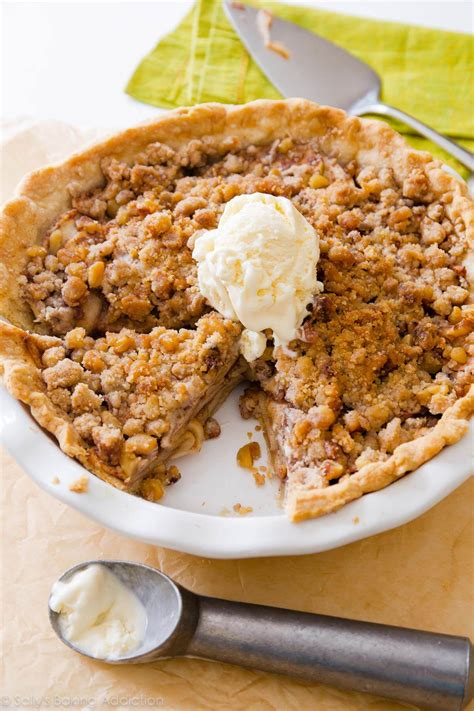 apple crumble best recipes apple crumble pie sallys baking addiction