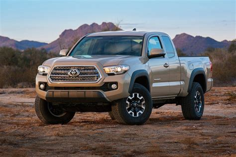 Toyota Tacoma 2016 Pictures Toyota Refreshes Tacoma For 2016 Car Interior Design