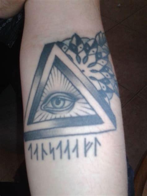 triangle eye tattoo triangle eye images designs