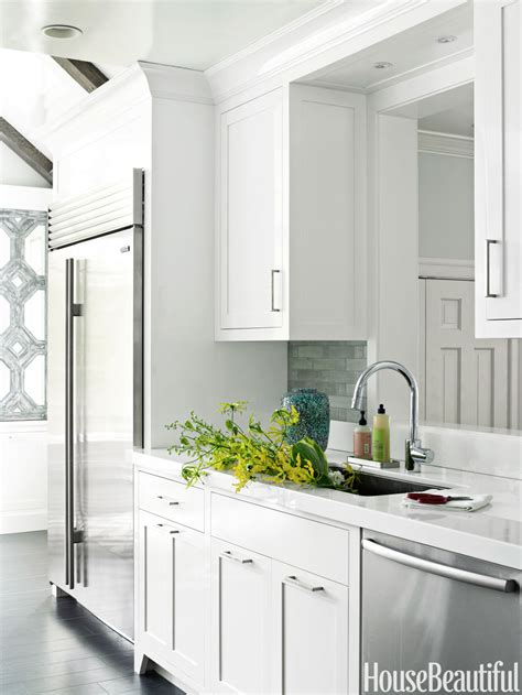 best kitchens 2013 54c1320edaf84 01 hbx glossy white kitchen 1212 s2 jpg