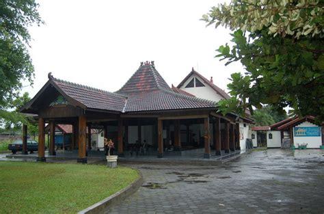 tembi rumah budaya bale inap bernuansa budaya jawa yogya museum rumah budaya tembi wikipedia bahasa indonesia