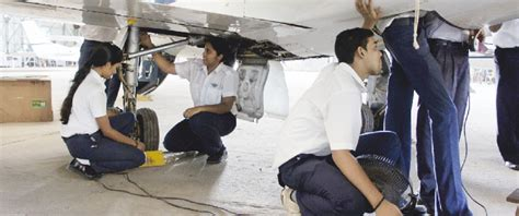 The Flying Club the bombay flying club is an approved institute by the