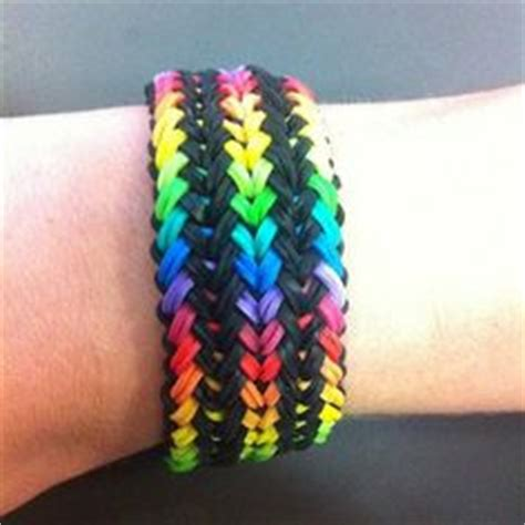 Cool Things To Make With Rubber Bands And Paper - 1000 ideas about rubber band bracelet on