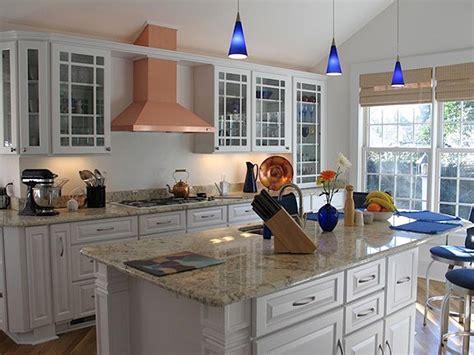granite for white kitchen cabinets white kitchen cabinets with granite countertops
