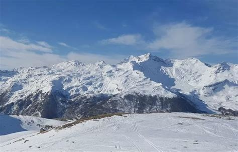 best skiing alps skiing in the alps 3 reasons why it s the best in the