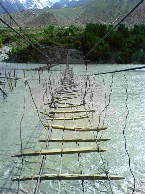 imágenes más asombrosas del mundo los puentes colgantes mas peligrosos del mundo im 225 genes