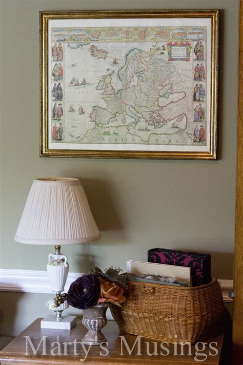 decorating photos decorate with old maps