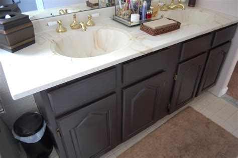 Paint Bathroom Vanity Ideas by Painting A Bathroom Vanity