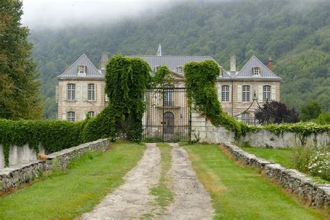 chateau homes 17 best ideas about chateau homes on chateau mansion and