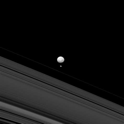 saturn moon mimas mimas lune de saturne astronoo