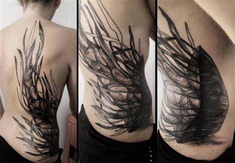 seite r 252 cken dotwork qualle tattoo von michele zingales