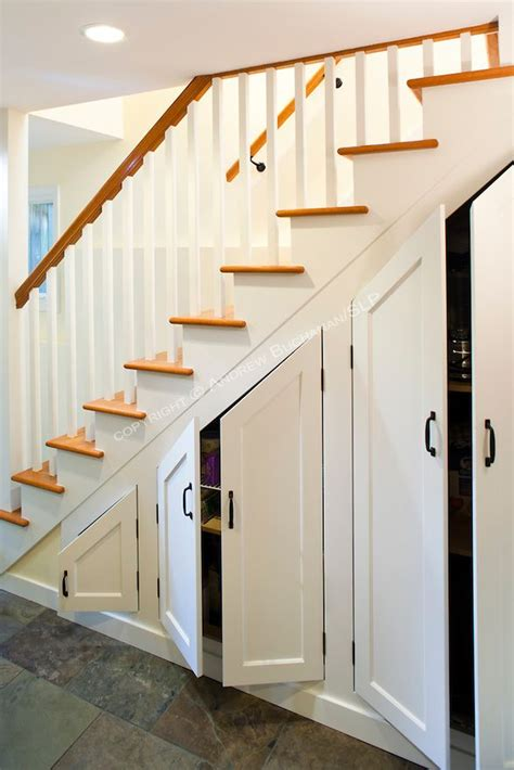 Stairs Cabinet Ideas by 20 Best Ideas About Shelves Stairs On