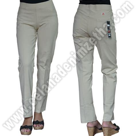 Celana Kerja Katun Coklat celana zetha katun warna coklat khaky celana denim zetha