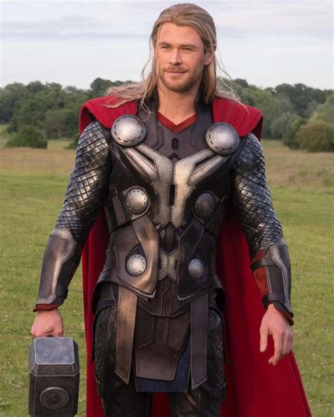 Age Of Ultron Thor Tinggi 30 Cm thor isn t helping in new clip from age of ultron geektyrant